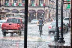 梅雨ナンパ 女性